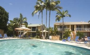 Noosa Holiday accommodation offer warm summer days spent by the pool
